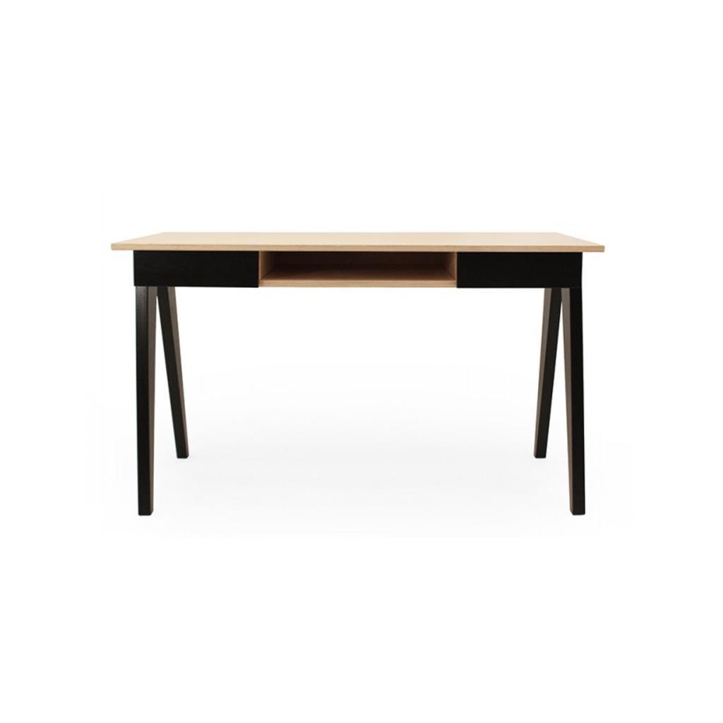 Schreibtisch b rotisch aus holz von radis for Schreibtisch klein schwarz