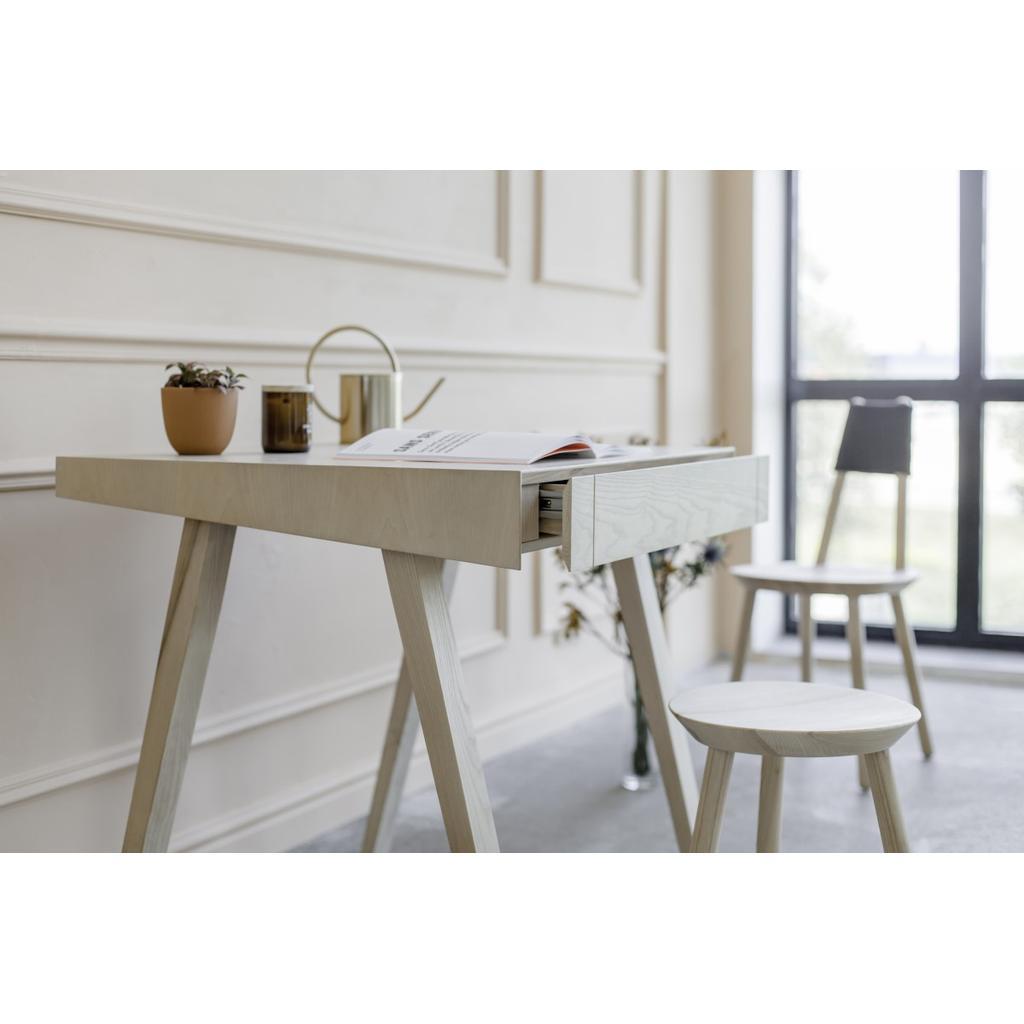 Innovativer Design Schreibtisch 4 9 Aus Massivholz Emko