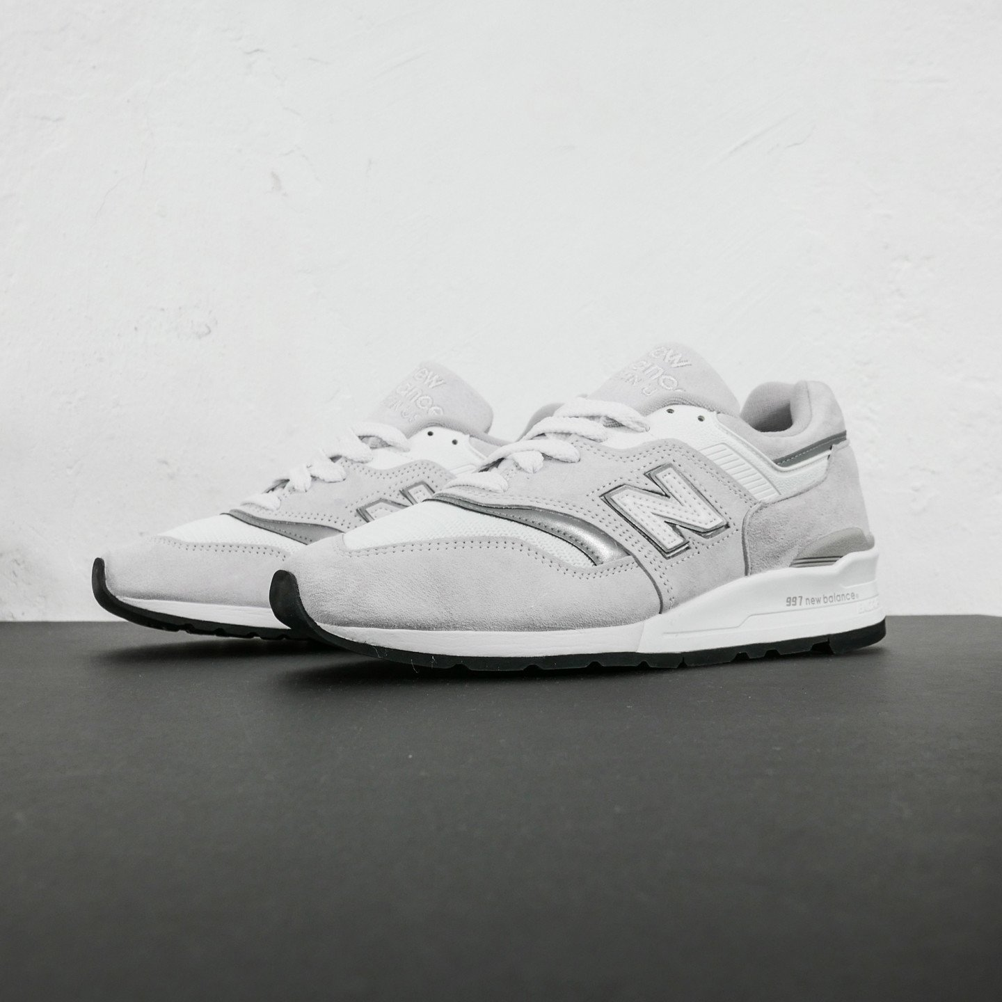 New Balance M997 - Made in USA 'Velcro N' Off White / Reflective Silver M997LBG