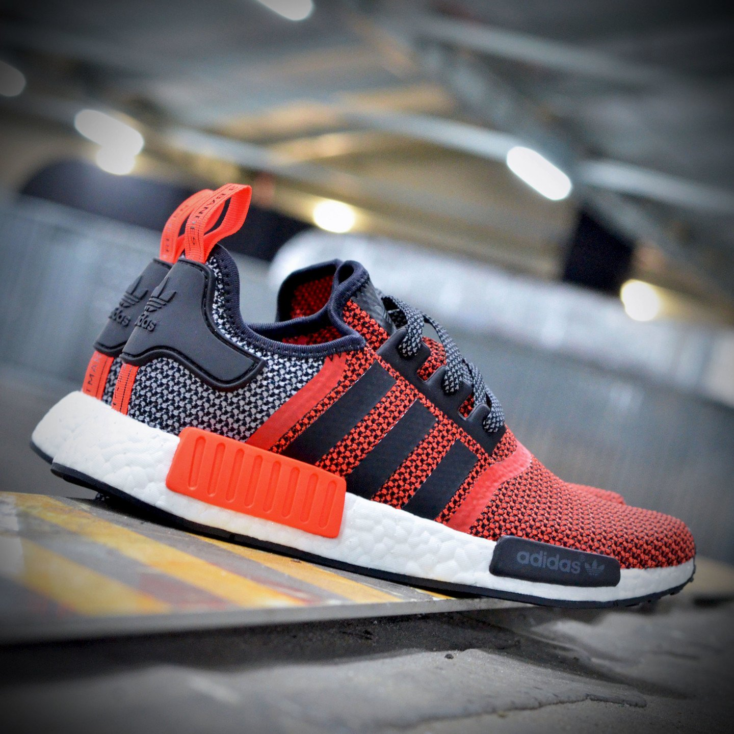 Adidas NMD R1 Runner Lush Red / Core Black S79158-46.66