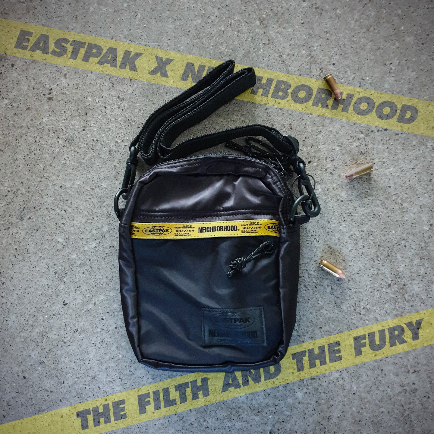 Eastpak NBHD Pusher Bag One Flight Jacket Black EK83EA66