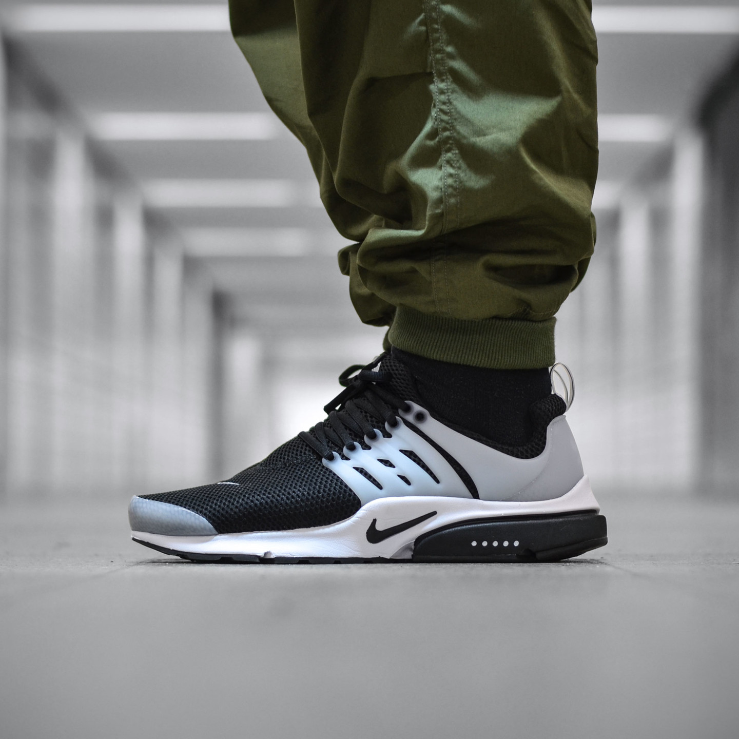 Nike Air Presto Flyknit Ultra Black / White Shadow 848132-010-44