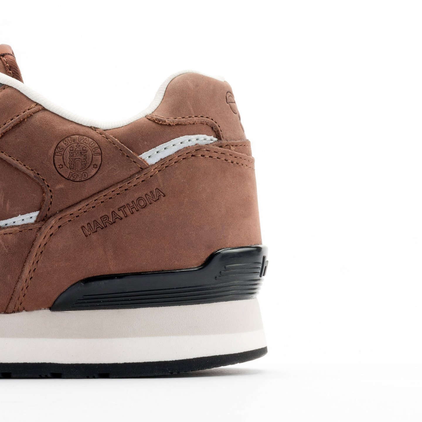Hummel Marathona Low x St.Pauli Dark Brown 63-821-8225-39