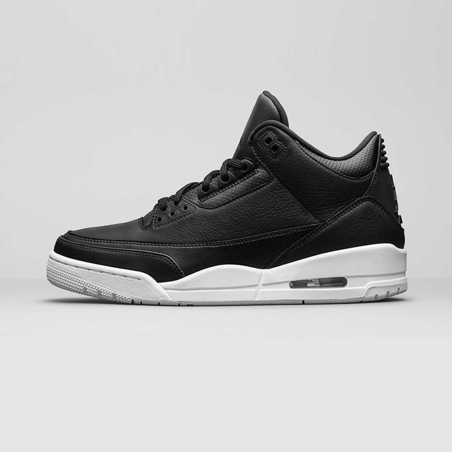 Jordan Air Jordan 3 Retro 'Cyber Monday' Black / White 136064-020-46