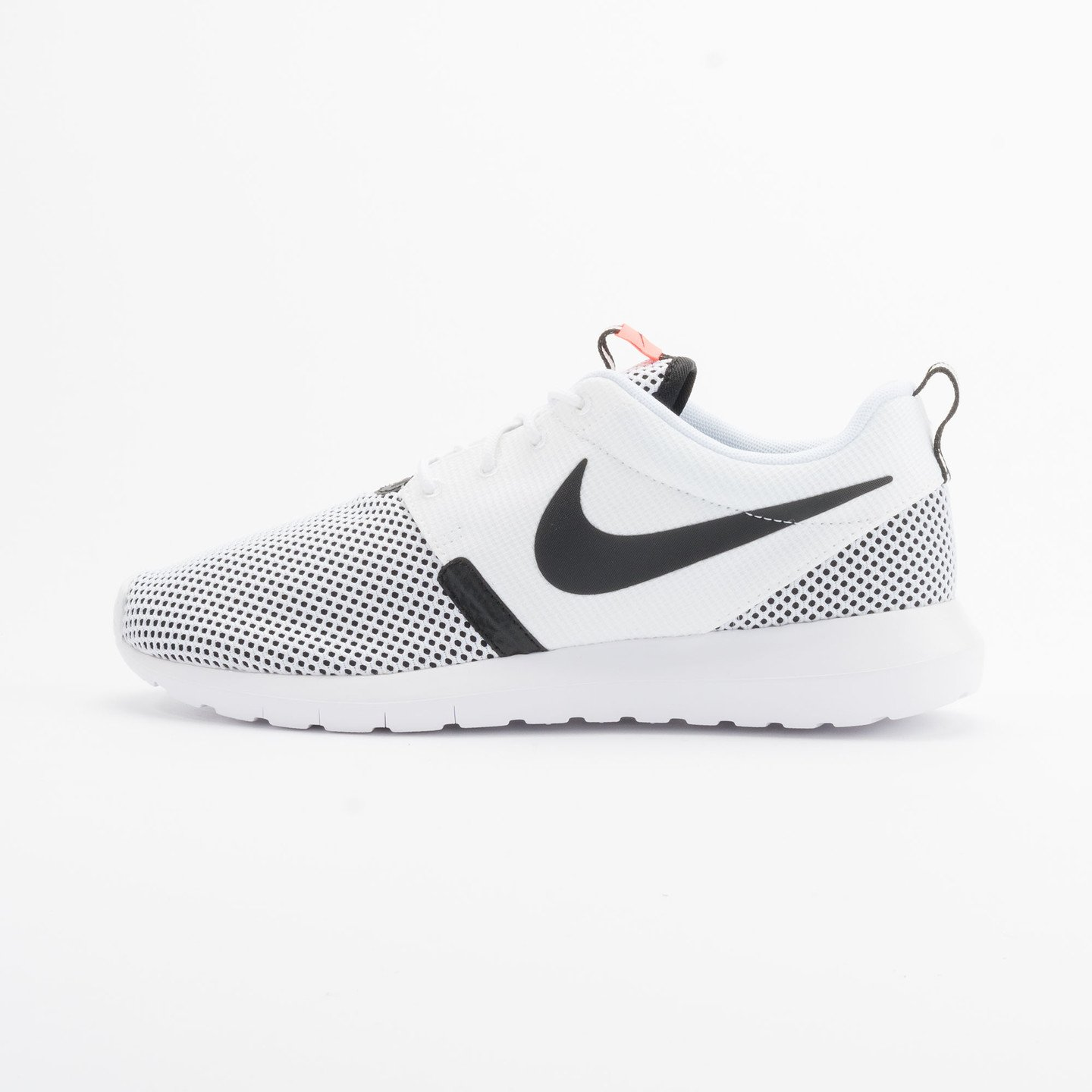 Nike Rosherun NM BR White/White-Black-Hot Lava 644425-100-40