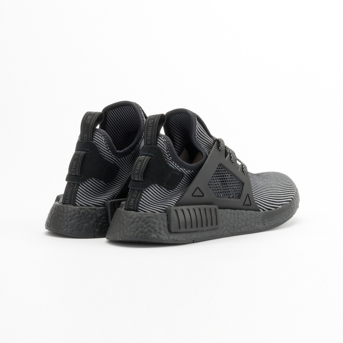 Adidas NMD XR1 Primeknit Core Black / Core Black / Running White S32211-48