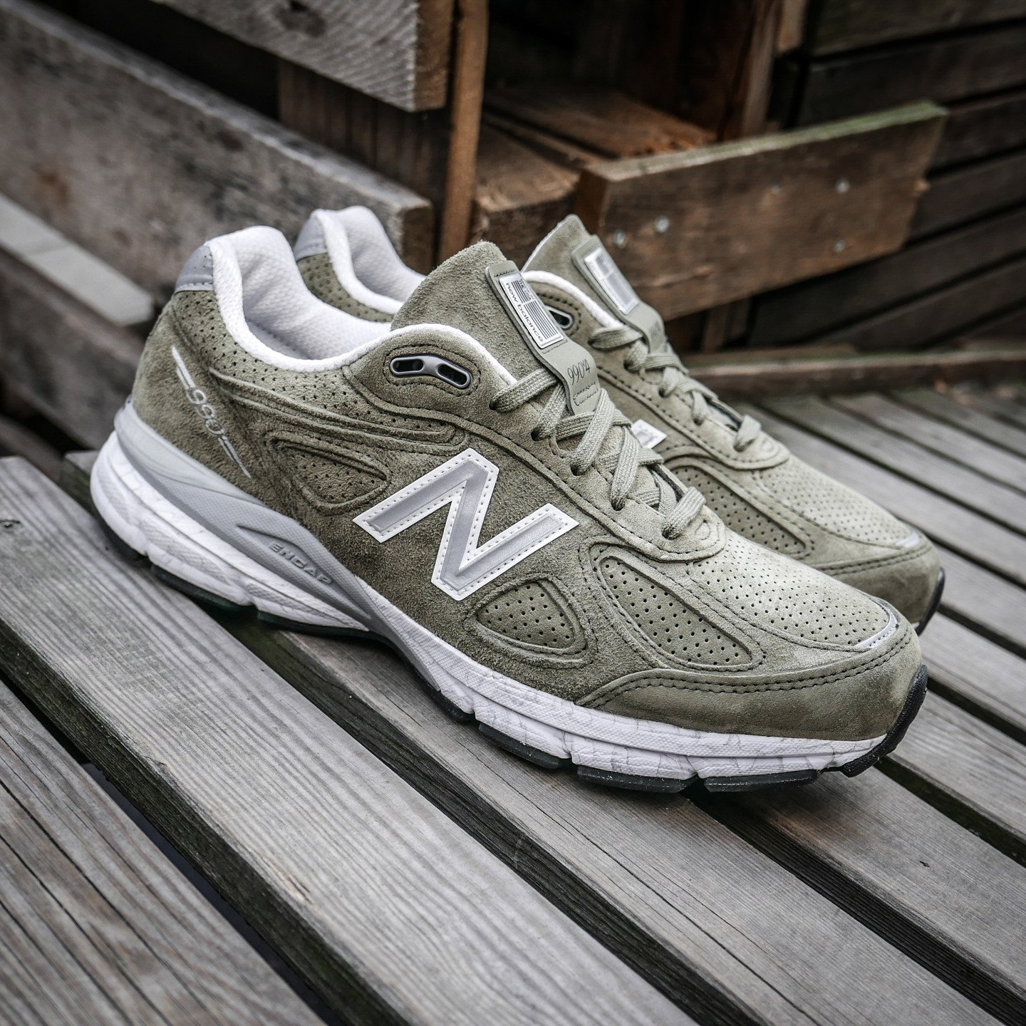 New Balance M990 V4 - Made in USA Olive Green / Marble White M990V4CG4