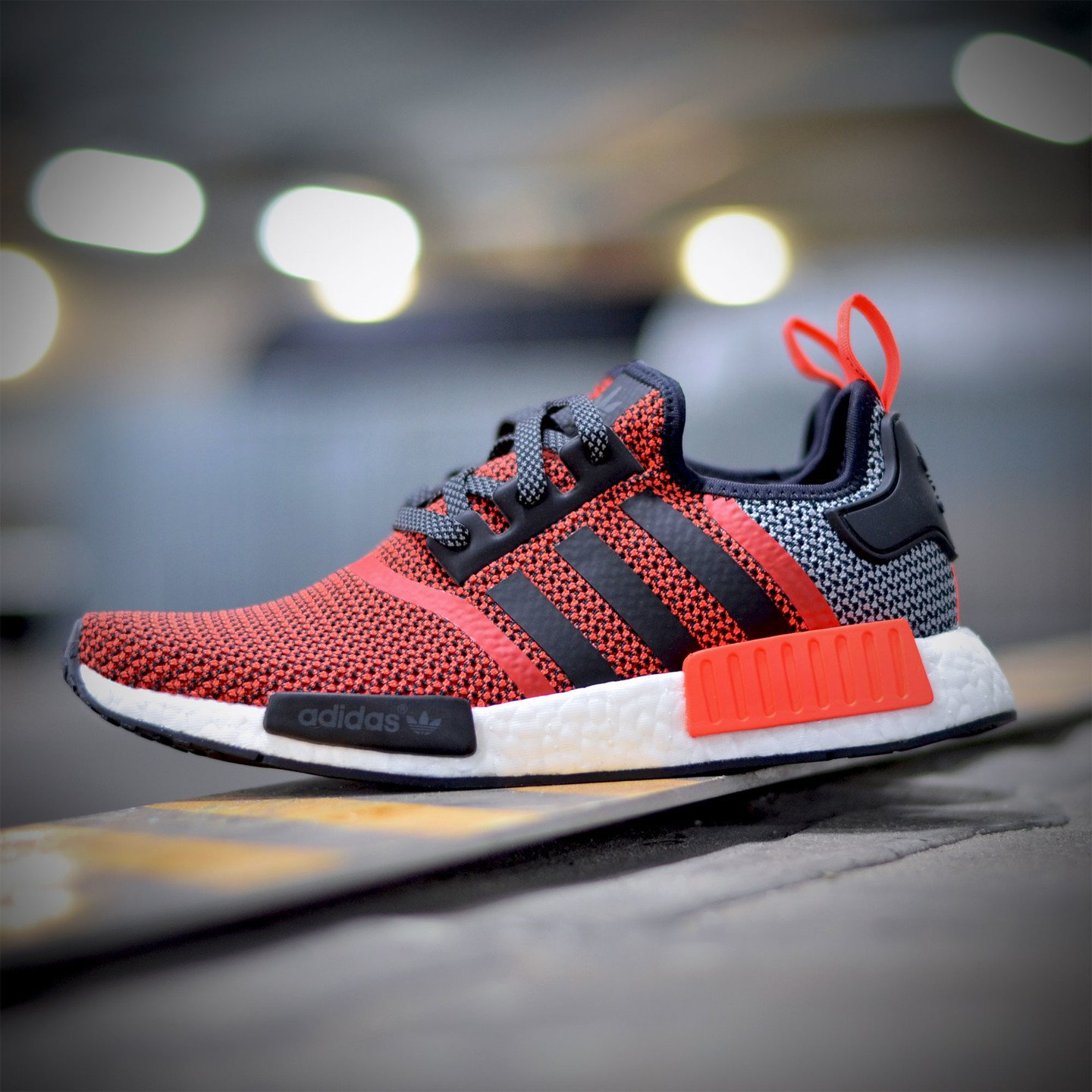 Adidas NMD R1 Runner Lush Red / Core Black S79158-38.66