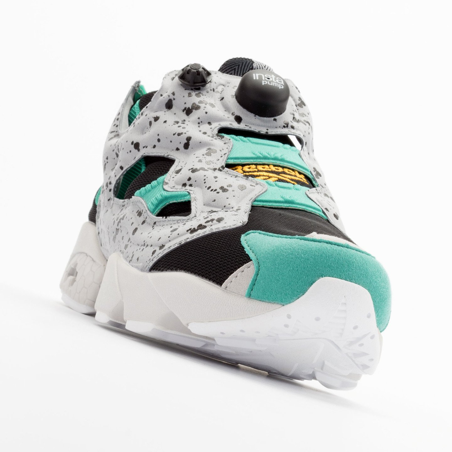 Reebok Instapump Fury SP Black / Grey / Green / Gold V66115-43