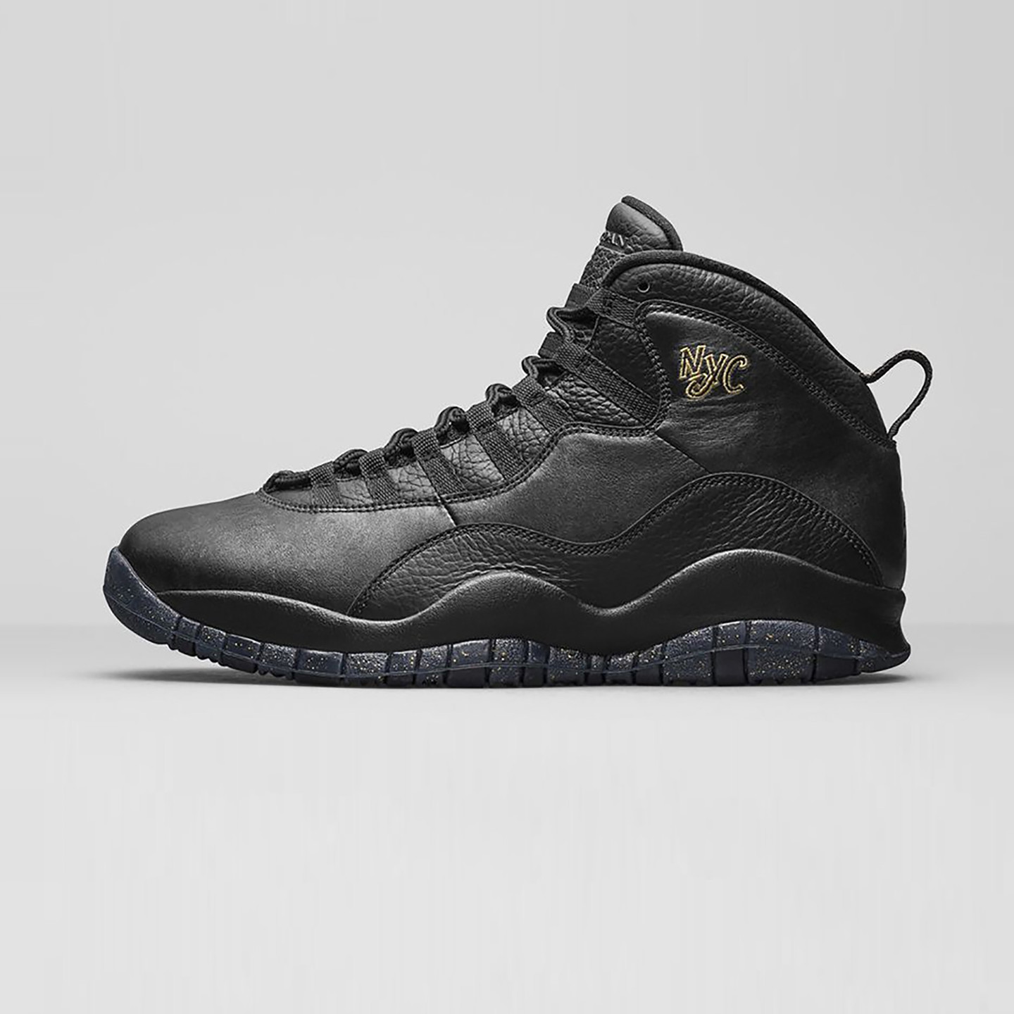 Jordan Air Jordan 10 Retro 'NYC' Black / Metallic Gold 310805-012-44.5