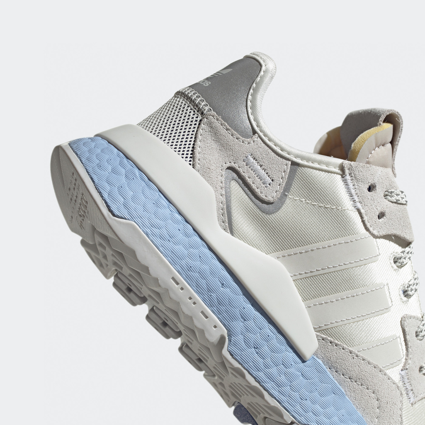 Adidas Nite Jogger W Off White / Global Blue EE5910