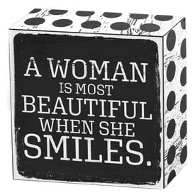 A woman is most beautiful when she smiles | Art Box | Artikelnummer: 50-18-015