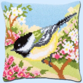 Bird in the Garden - Vervaco Kruissteekkussen |  | Artikelnummer: vvc-164300