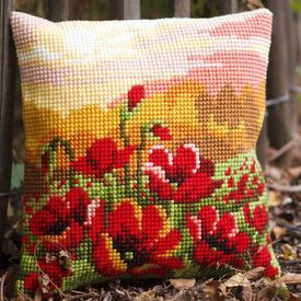 Poppy Meadow - Vervaco Kruissteekkussen |  | Artikelnummer: vvc-157583