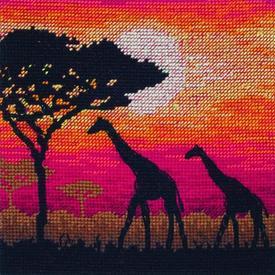 Giraffe Silhouette - borduurpakket met telpatroon |  | Artikelnummer: ma-05018
