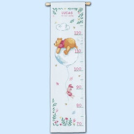 Growing Chart: Winnie Feeling Sentimental - Disney borduurpakket met telpatroon Vervaco | Groeimeter Winnie the Pooh | Artikelnummer: vvc-172750