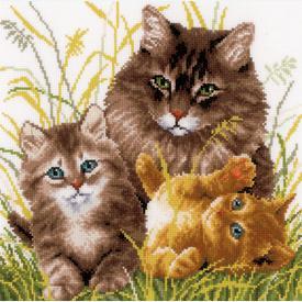 Cat Family - borduurpakket met telpatroon Vervaco |  | Artikelnummer: vvc-156114