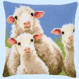 Curious Sheep - Vervaco Kruissteekkussen |  | Artikelnummer: vvc-157426