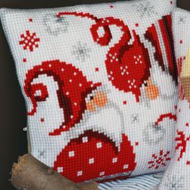 Christmas Gnomes - Vervaco Kruissteekkussen |  | Artikelnummer: vvc-164610