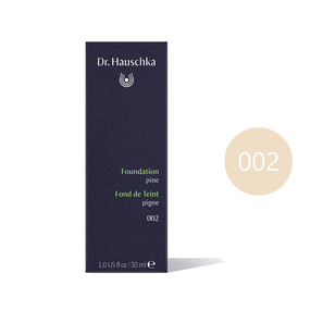 Foundation 002 pine | 30 ml | Hautton abhängige Grundierung | Artikelnummer: 4020829075658