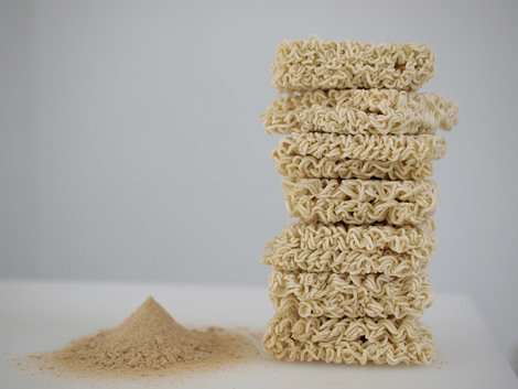 One dollar's worth of shrimp flavored ramen noodles, 2010 | Edition 15+2 AP, Serie: