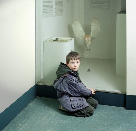 Martin with Owl, Royal Museum of Scotland, 1999  | Edition 20 | Artikelnummer: WMC_02_40x40FAL_SR5