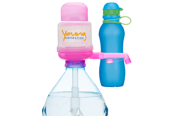Paquet Special SP  1 pink 700 bleue |  1 Pump Young Collection pink plus Viv Bouteile 700ml bleue | numéro d'article: 1 YCP plus VIV SP  bleue 700