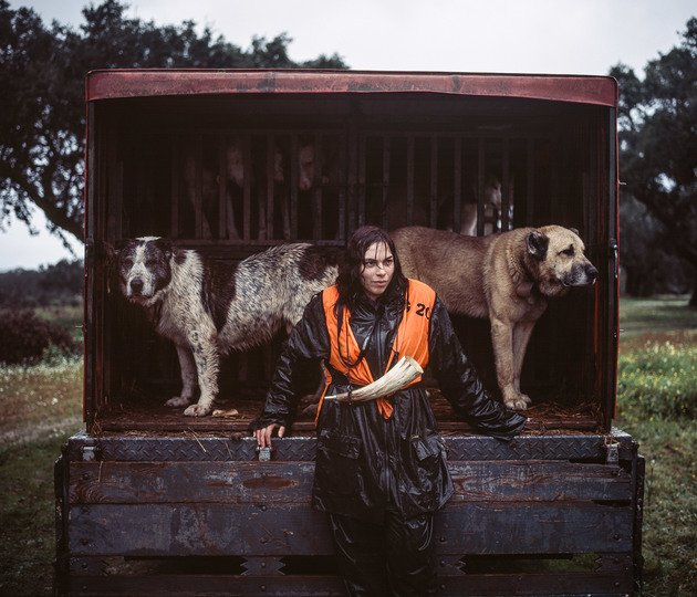 Ana Parreira, tracking dog handler, 2014 | Edition 50, Serie