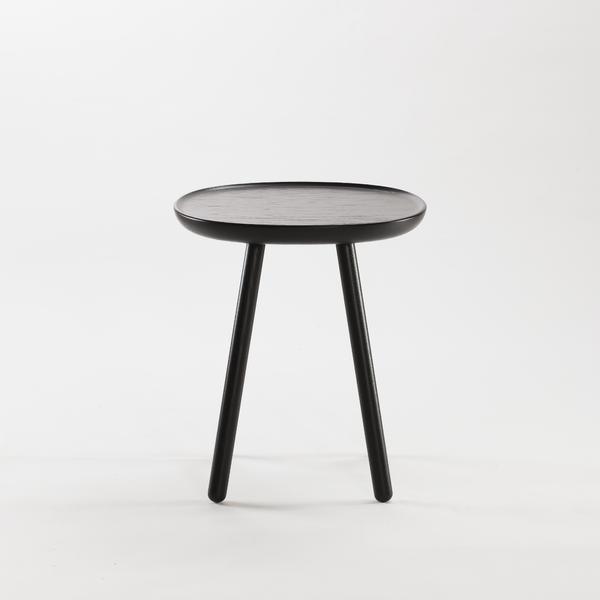 Beistelltisch aus holz schwarz emko for Beistelltisch 20 cm