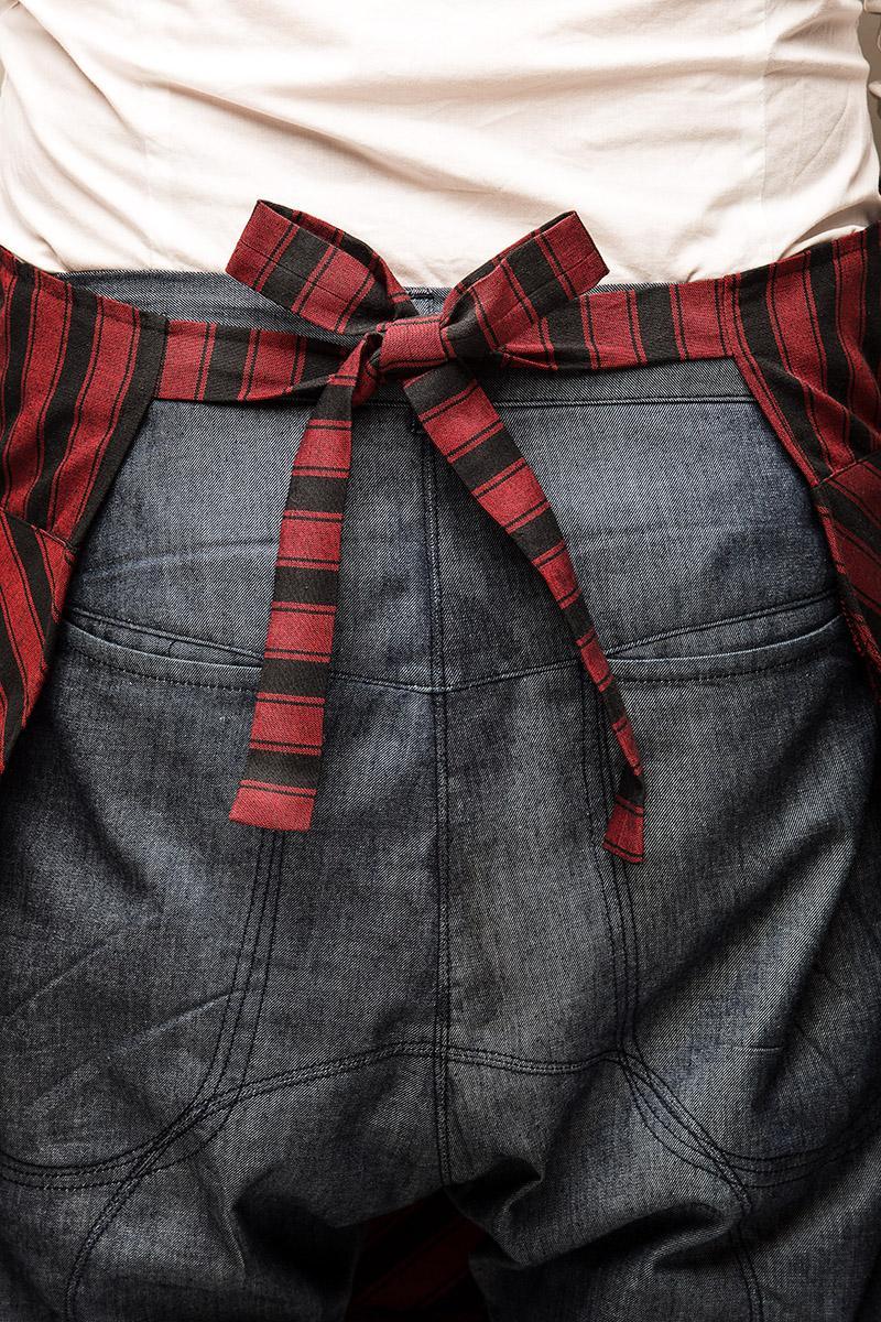 kochsch rze krawatte in einem rot grau. Black Bedroom Furniture Sets. Home Design Ideas