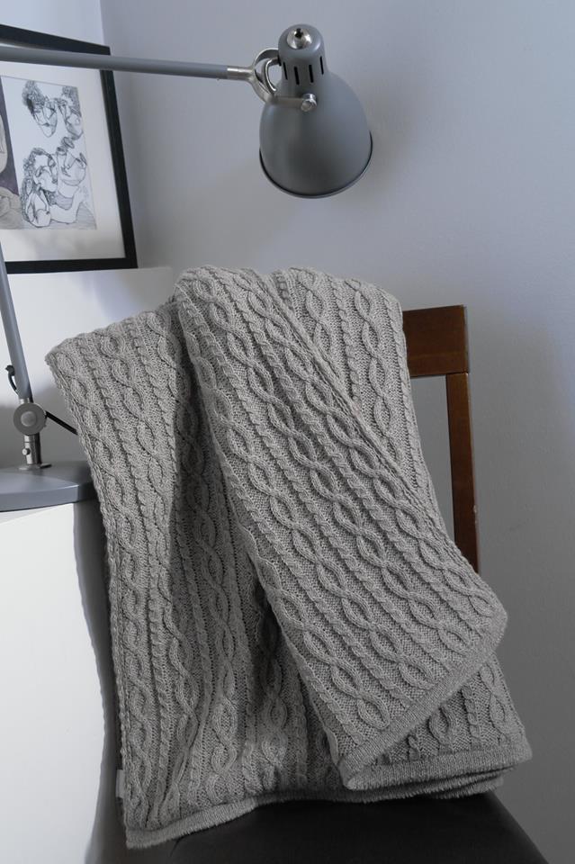 tagesdecke bett berwurf 140x200 cm beige. Black Bedroom Furniture Sets. Home Design Ideas