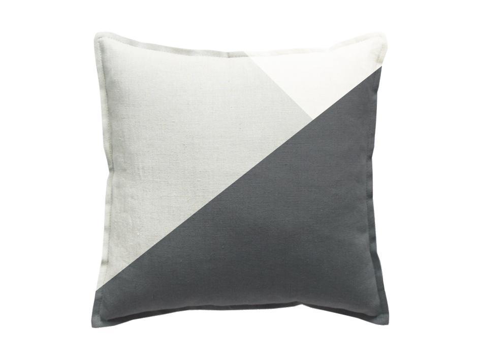 dekokissen in grau wei skandinavisches design. Black Bedroom Furniture Sets. Home Design Ideas