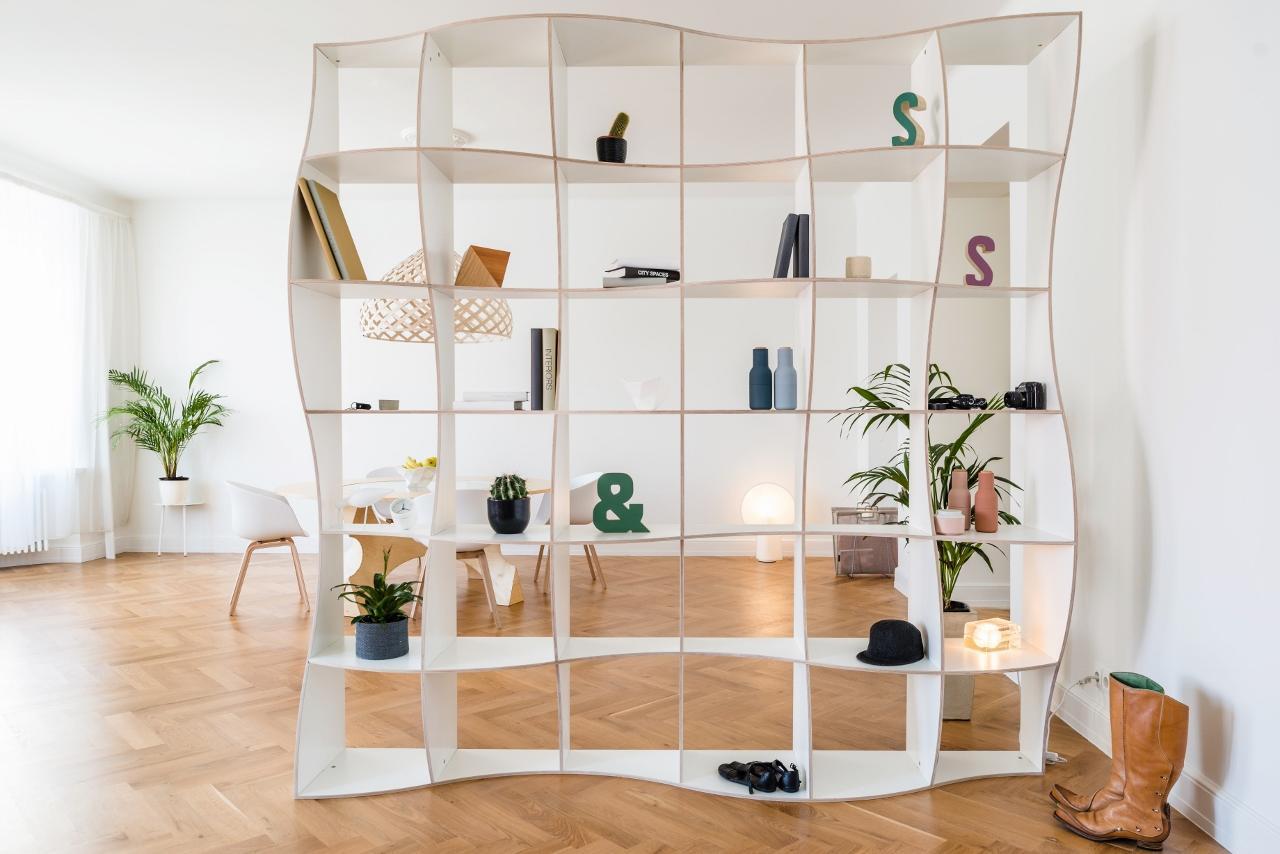 Bücherregal Design bücherregal in weiß skandinavisches design