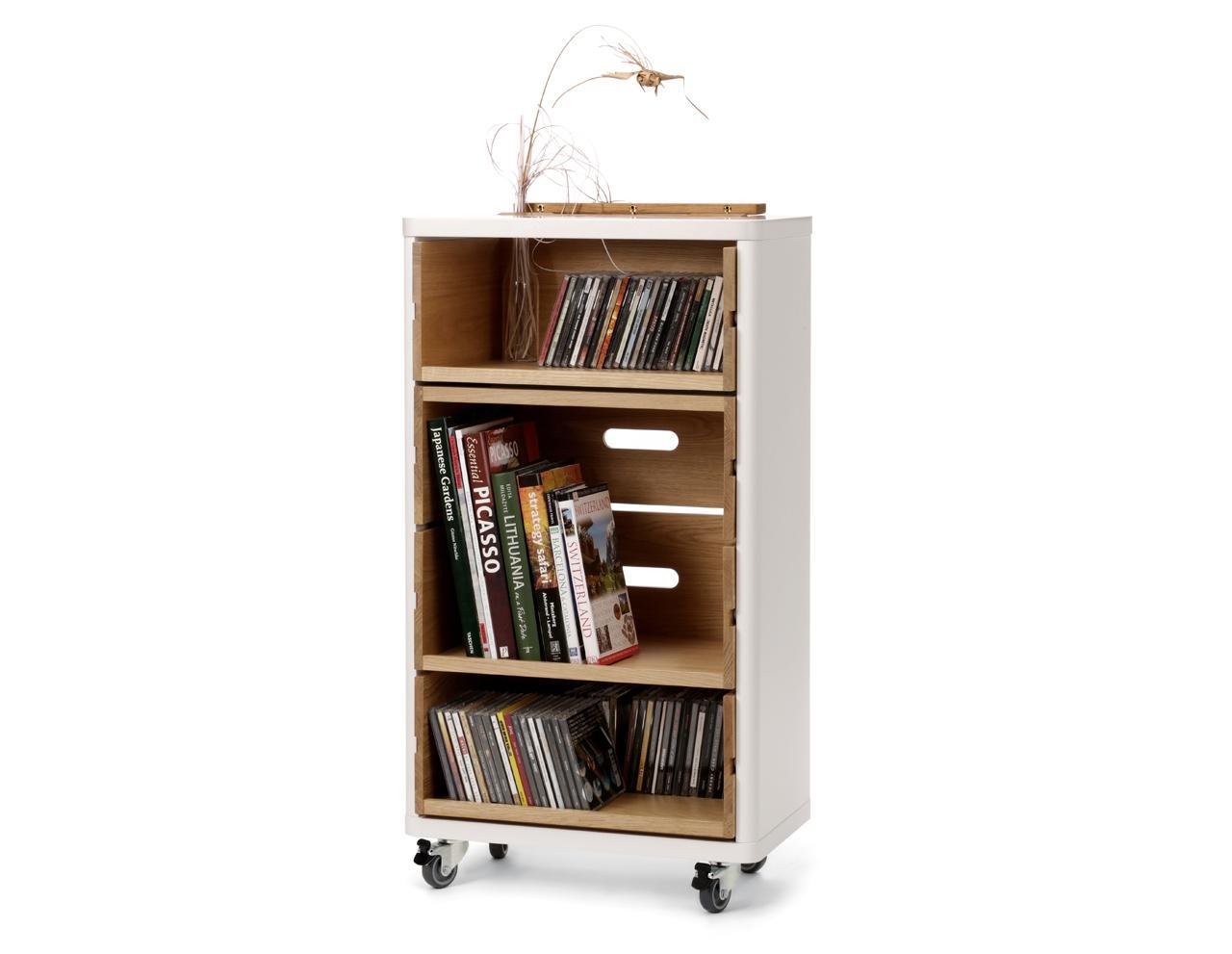 barschrank auf rollen in wei und holz cow. Black Bedroom Furniture Sets. Home Design Ideas