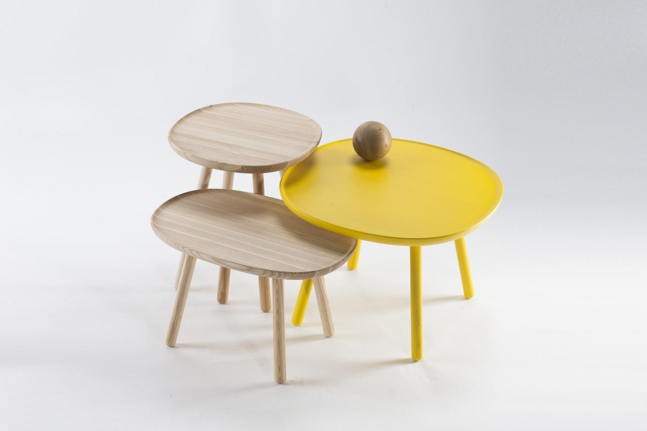 beistelltisch oval aus holz esche emko. Black Bedroom Furniture Sets. Home Design Ideas