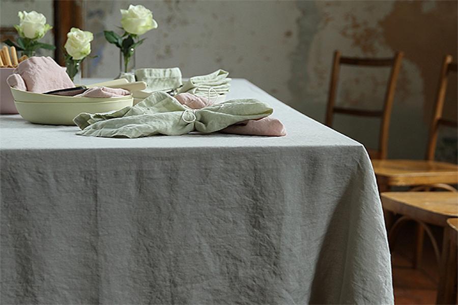 ratgeber tischdecken tipps zur auswahl gr e und pflege. Black Bedroom Furniture Sets. Home Design Ideas